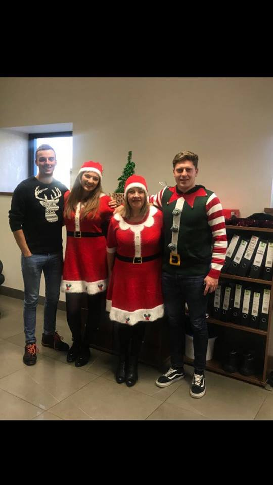 Christmas Jumper Day 2019 Save The Children.Gcl S Save The Children Christmas Jumper Day